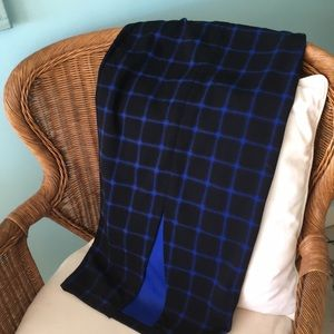 Great fitting midi tight skirt Blue / black check